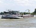 De Entreprise op de Rijn bij Xanten.