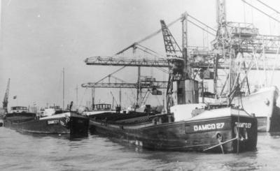 Damco 1 samen met de Damco 27 bij Frans Swartouw Rotterdam.