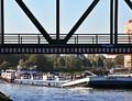Asfra op het Dortmund-Ems kanal bij Münster.