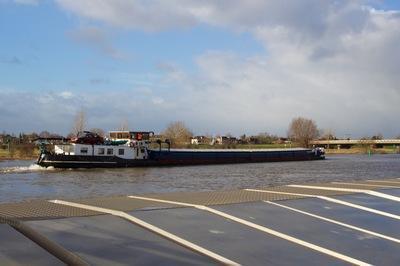 Vertrouwen bij Zutphen nabij de oude IJsselbrug.