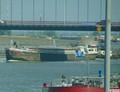 Swing met de duwboot Paula Oranjesluis Amsterdam onderweg naar Treffers Haarlem.