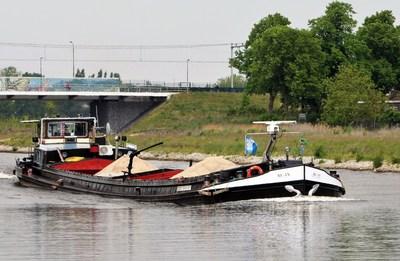 Be-An op het Maximakanaal bij Den-Bosch.