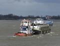 Catharina Elizabeth voor de Paula bij Groot Ammers op weg naar sloperij Treffers in Haarlem.
