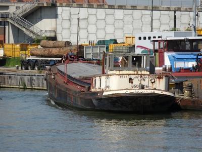 Onbekend schip in het Straatsburgdok Antwerpen.