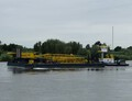 Hebolift 4 met de duwboot Catharina 5 op de Waal.