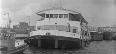 De P.T. 2 Rotterdam.