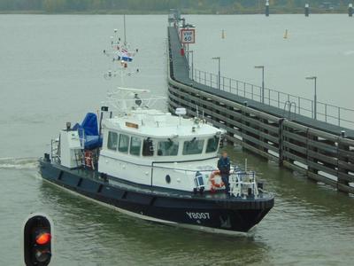 De Y 8007 - Marsdiep Oranjesluis Amsterdam.