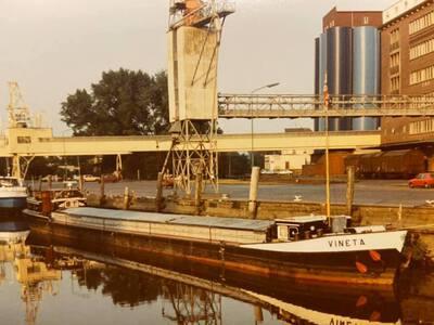 Vineta in de Elmshorner Hafen.