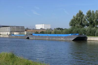 DR-41 op de Ringvaart Gent bij Evergem.